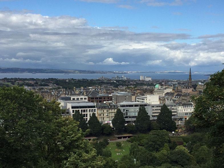 Vista panorâmica de Edimburgo